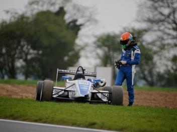 Lee Morgan - Grays Motorsport Dallara F307 Mugen Honda